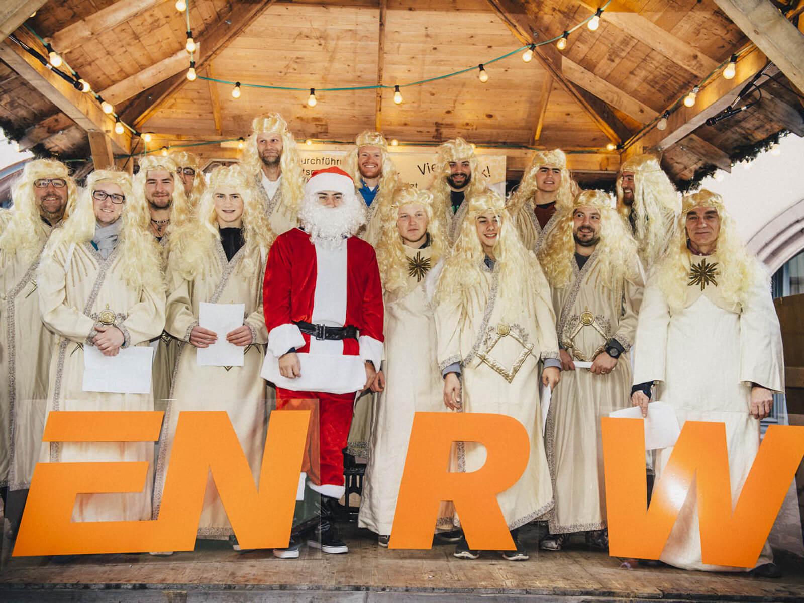 Weihnachtssingen der ENRW auf dem Rottweiler Weihnachtsmarkt