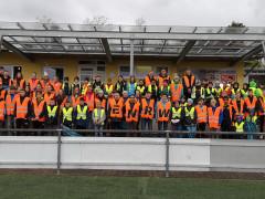 Kinder und Jugendliche aus Zimmern engagierten sich bei der ENRW-Dorfputzete 2019.