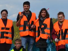 Bürger des Stadtgebiets Hegneberg engagierten sich bei der ENRW-Dorfputzete.