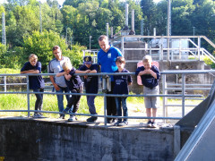 Amateurfunker besuchen Wasserkraftanlage RW