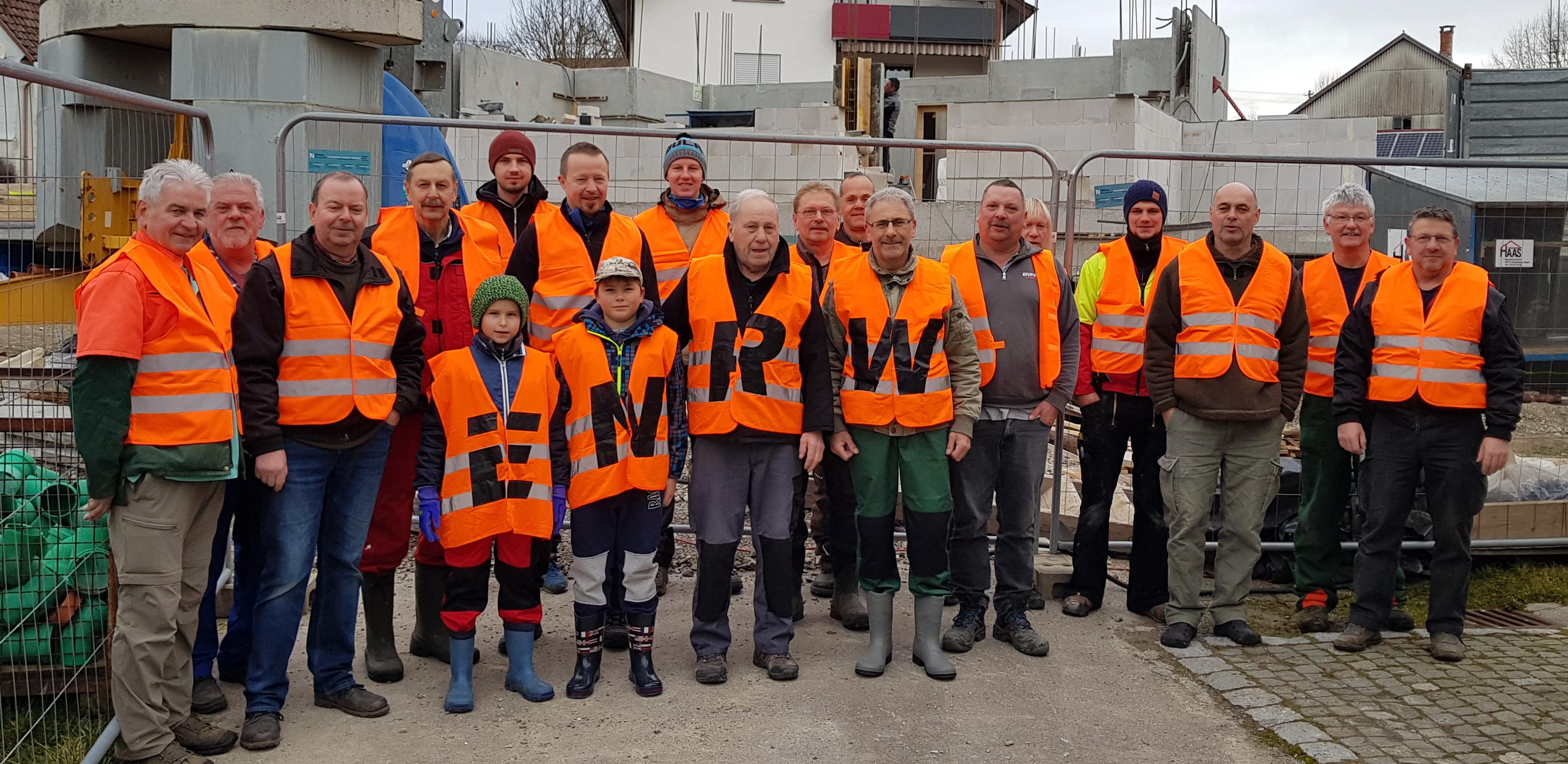 Die Angler aus Dietingen bei der ENRW-Dorfputzete 2020.